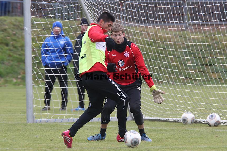 Carlos Zambrano gegen Felix Wiewald (Eintracht)