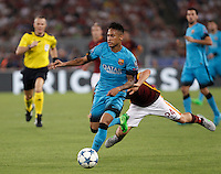 Calcio, Champions League, Gruppo E: Roma vs Barcellona. Roma, stadio Olimpico, 16 settembre 2015.<br /> FC Barcelona&rsquo;s Neymar, right, is challenged by Roma&rsquo;s Alessandro Florenzi during a Champions League, Group E football match between Roma and FC Barcelona, at Rome's Olympic stadium, 16 September 2015.<br /> UPDATE IMAGES PRESS/Isabella Bonotto<br /> <br /> *** ITALY AND GERMANY OUT ***
