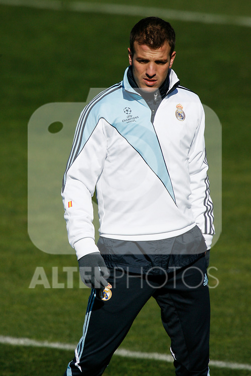 MADRID (09/03/2010).- Real Madrid training session at Real Madrid City in Valdebebas.  Rafael Van der Vaart....Photo: Alex Cid-Fuentes / ALFAQUI