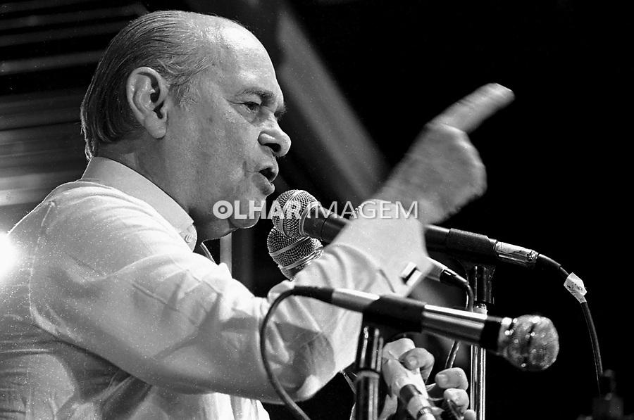 Tancredo Neves em Comício da campanha por eleições Diretas Já. RJ. 1984. Foto de Cynthia Brito.