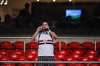 SAO PAULO, SP, 15 SETEMBRO 2012 - CAMP. BRASILEIRO - SAO PAULO X PORTUGUESA - Torcedor do São Paulo, durante partida contra a Portuguesa pela 25 rodada do Campeonato Brasileiro no estádio Cicero Pompeu de Toledo em Sao Paulo, neste sabado, 15. (FOTO: WILLIAM VOLCOV / BRAZIL PHOTO PRESS).