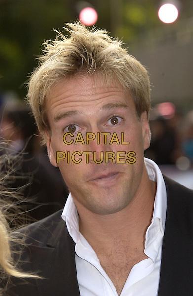 "BEN FOGLE.ITV's ""The Celebrity Awards"".London 26 September 2004.headshot, portrait, funny face.www.capitalpictures.com.sales@capitalpictures.com.©Capital Pictures"