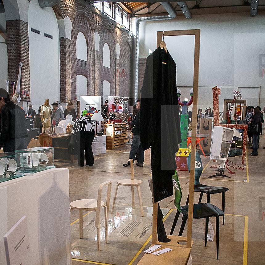 Gli Eventi del FuoriSalone 2012 alla Fabbrica del Vapore: Formevive..The events of FuoriSalone 2012 at the Fabbrica del Vapore (The Steam Factory): Formevive