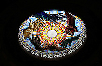 BOGOTA -COLOMBIA. 23-09-2014. Vitral de la Paz elaborado por el Maestro Enrique Grau en 1997 el cual adorna la cupula del Recinto del Senado de la Republica. / Stained Glass Peace prepared by Maestro Enrique Grau in 1997 which adorns the dome of the Campus Senate of the Republic.   Photo: VizzorImage/ Felipe Caicedo / Staff