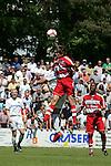 Sandhausen 10.05.2008, Kopfball Holger Badstuber (FC Bayern M&uuml;nchen II)  verdeckt Velimir Grgic (SV Sandhausen) in der Regionalliga beim Spiel SV Sandhausen - FC Bayern M&uuml;nchen II<br /> <br /> Foto &copy; Rhein-Neckar-Picture *** Foto ist honorarpflichtig! *** Auf Anfrage in h&ouml;herer Qualit&auml;t/Aufl&ouml;sung. Belegexemplar erbeten.