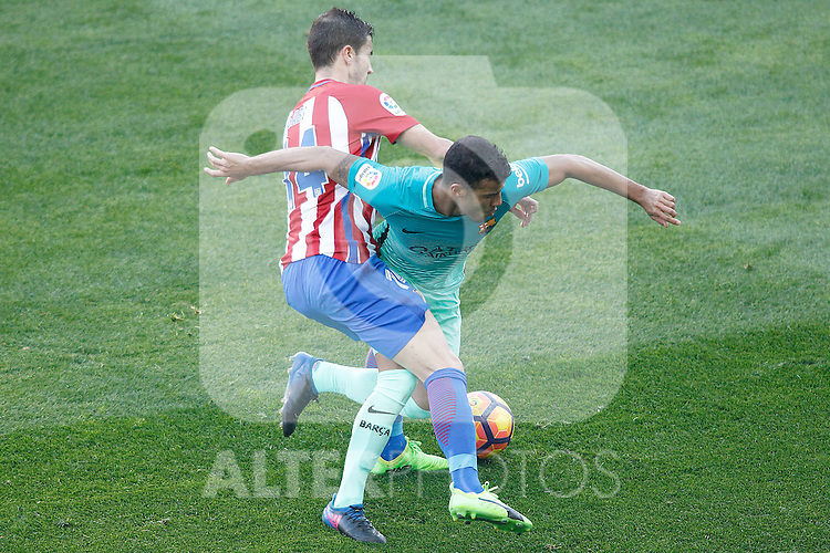 Atletico de Madrid's Gabi Fernandez (l) and FC Barcelona's Rafinha Alcantara during La Liga match. February 26,2017. (ALTERPHOTOS/Acero)
