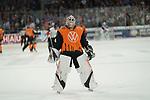 #34 Chet Pickard gegen Mannheim beim Spiel in der DEL, Adler Mannheim (blau) - Grizzlys Wolfsburg (orange).<br /> <br /> Foto © PIX-Sportfotos *** Foto ist honorarpflichtig! *** Auf Anfrage in hoeherer Qualitaet/Aufloesung. Belegexemplar erbeten. Veroeffentlichung ausschliesslich fuer journalistisch-publizistische Zwecke. For editorial use only.