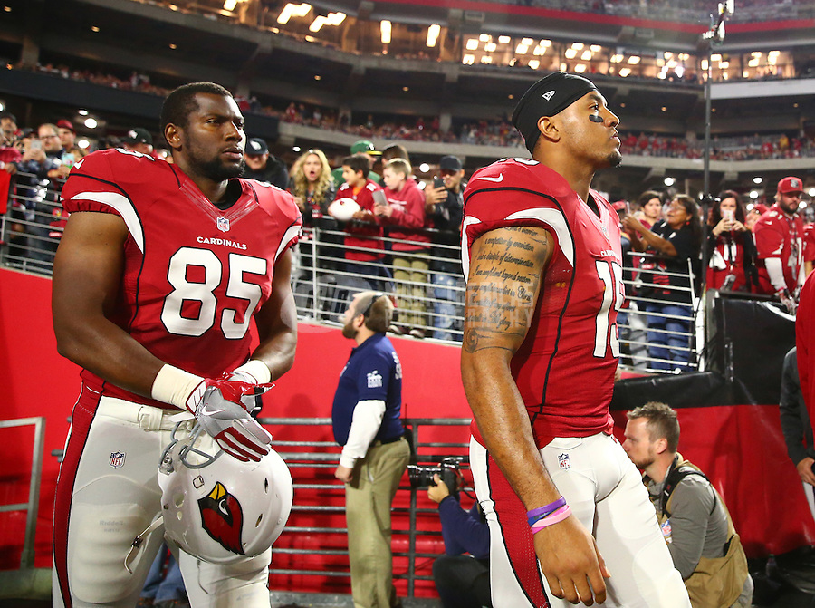 Jan 16, 2016; Glendale, AZ, USA; Arizona Cardinals wide receiver Michael Floyd (15) and tight end Darren Fells (85) against the Green Bay Packers during an NFC Divisional round playoff game at University of Phoenix Stadium. Mandatory Credit: Mark J. Rebilas-USA TODAY Sports