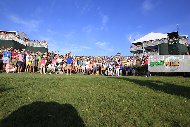Jason day (AUS) on the 18th tee during the final round of the Players, TPC Sawgrass, Championship Way, Ponte Vedra Beach, FL 32082, USA. 15/05/2016.<br /> Picture: Golffile | Fran Caffrey<br /> <br /> <br /> All photo usage must carry mandatory copyright credit (&copy; Golffile | Fran Caffrey)