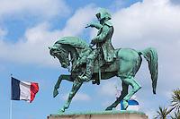 France, Manche (50), Cherbourg, place Napoléon, statue équestre de Napoléon  //  France, Manche, Cherbourg, place Napoleon (Napoleon's Square), equestrian statue of Napoleon