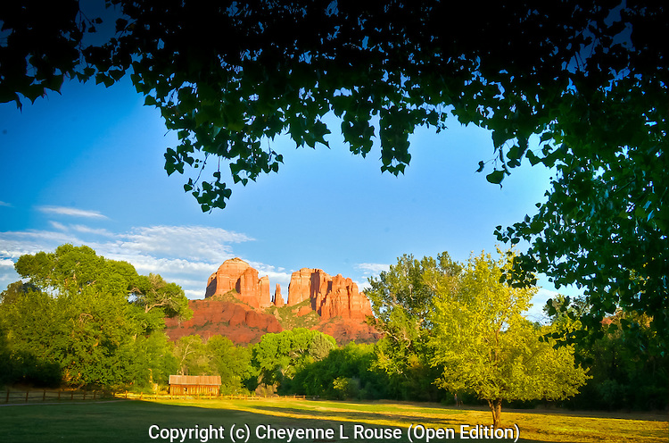 Red Rock Barn - Sedona, Arizona<br /> Red Rock Crossing State Park