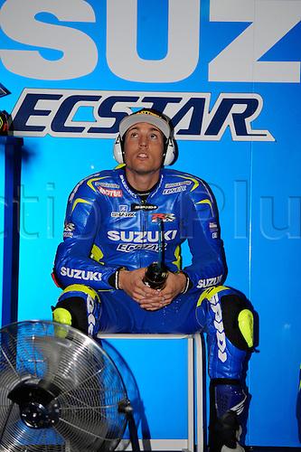 28.03.2015. Losail, Doha. MotoGP. Qatar Grand Prix Qualifying. Aleix Espargaro (Suzuki Ecstar)during qualifying sessions