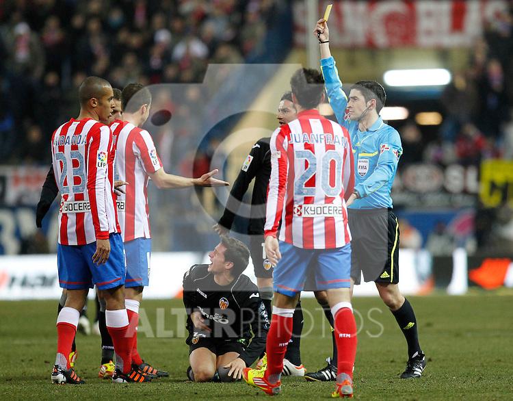 Madrid (05/02/2012) LIGA BBVA.Atletico de Madrid- Valencia C.F....MIRANDA, UNDIANO MALLENCO....