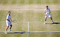 1-7-08, England, Wimbledon, Tennis, Etingh-Haarhuis(R)