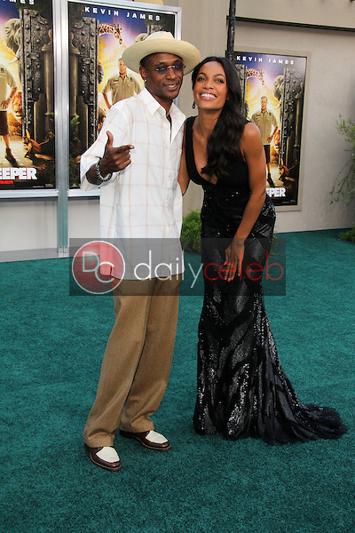Tommy Davidson, Rosario Dawson<br /> at the &quot;Zookeeper&quot; Premiere, Regency Village Theater, Westwood, CA. 07-06-11<br /> David Edwards/DailyCeleb.com 818-249-4998