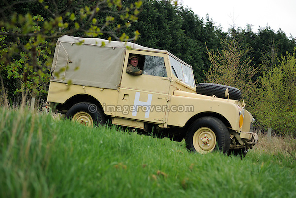 Military spec Series 1 88in Land Rover 18 CL 41 participating in the Gaydon Heritage Land Rover Run 2006. Europe, England, UK. --- No releases available. Automotive trademarks are the property of the trademark holder, authorization may be needed for some uses.