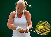 London, England, 30 june, 2016, Tennis, Wimbledon, Kiki Bertens (NED) in her match against Mona Barthel (GER)<br /> Photo: Henk Koster/tennisimages.com