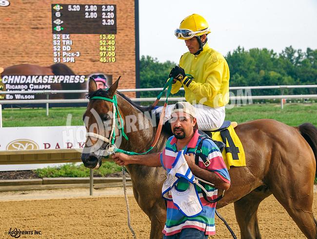 Chndakasexpress winning at Delaware Park on 9/8/16