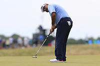 Angel Cabrera (ARG) putts on the 6th green during Friday's Round 2 of the 117th U.S. Open Championship 2017 held at Erin Hills, Erin, Wisconsin, USA. 16th June 2017.<br /> Picture: Eoin Clarke | Golffile<br /> <br /> <br /> All photos usage must carry mandatory copyright credit (&copy; Golffile | Eoin Clarke)