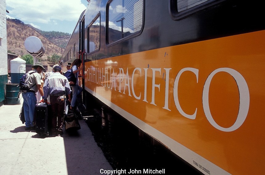 Passengers boarding the Copper Canyon train or Chepe at the Bahuichivo station, Barranca del Cobre, Chihuahua, Mexico