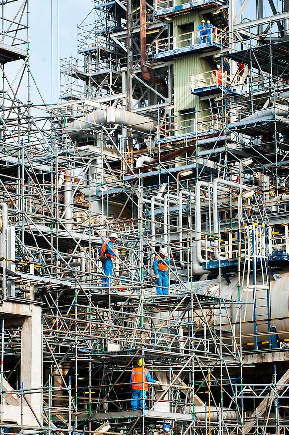 Nederland, Rotterdam, 7 okt 2013<br /> Q8 in de Rotterdamse haven. Raffinaderij, chemische fabriek<br /> Foto(c): Michiel Wijnbergh