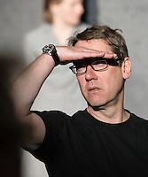 Berlin, Regisseur Michael Thalheimer am Freitag (03.05.13) bei einer Probe zum Theaterstück Medea in Berlin zur Veranstaltung 50 Jahre Theatertreffen.
