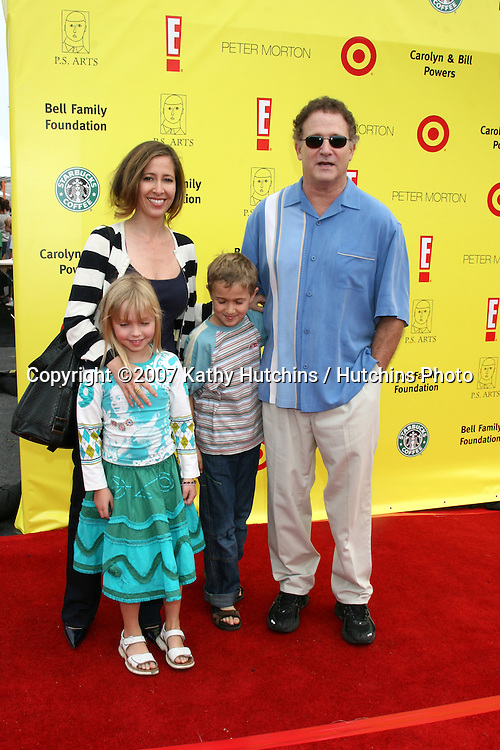 "Albert Brooks & Family.PS Arts ""Express Yourself"" Benefit.Barker Hanger.Santa Monica, CA.November 2, 2007.©2007 Kathy Hutchins / Hutchins Photo...               ."