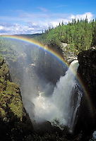Sweden, Jaemtland, waterfall Haellingsafallet with rainbow | Schweden, Jaemtland, Wasserfall Haellingsafallet mit Regenbogen