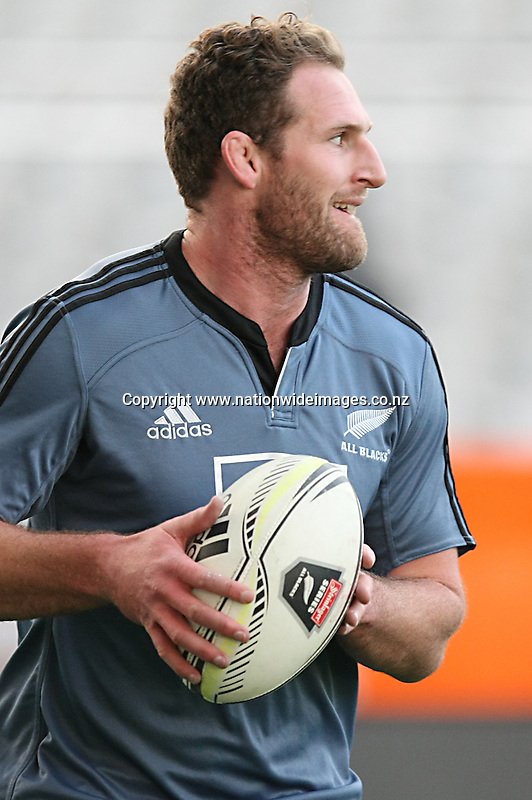 Kieran Read at the All Blacks training session ahead of the test match against England, Forsyth Barr Stadium, Dunedin, New Zealand, Thursday, June 12, 2014. Credit: NINZ/Dianne Manson