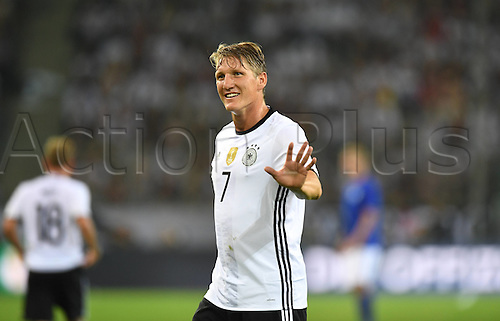 31.08.2016 Moenchengladbach, Germany. International football freindly. Germany versus Finland.  Bastian Schweinsteiger beckons the supporters