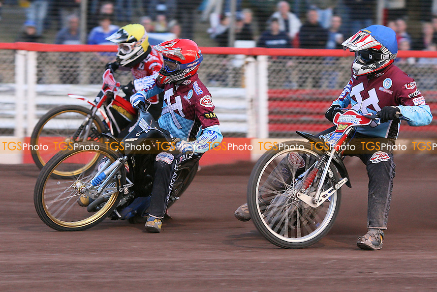 Heat 14: Jonas Davidsson (red), Phil Morris (blue) and Kenneth Hansen - Lakeside Hammers vs Peterborough Panthers - Sky Sports Elite League Speedway at Arena Essex Raceway - 19/06/09- MANDATORY CREDIT: Gavin Ellis/TGSPHOTO - Self billing applies where appropriate - 0845 094 6026 - contact@tgsphoto.co.uk - NO UNPAID USE.