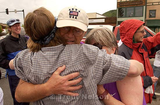 Ed Quayle, Laura Quayle, Madeline Quayle running the Steamboat Springs half-marathon for Team in Training, to raise money for the lymphoma society in memory of Anthony.; 06.01.2003, 10:39:11 AM<br />