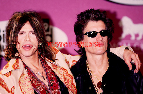 Aerosmith 1999 Steve Tyler and Joe Perry at Billboard Music Awards .© Chris Walter.