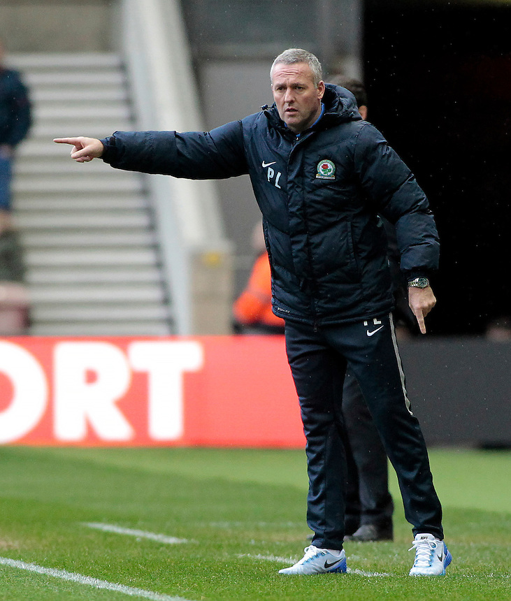 Blackburn Rovers manager Paul Lambert  shouts instructions to his team from the dug-out<br /> <br /> Photographer David Shipman/CameraSport<br /> <br /> Football - The Football League Sky Bet Championship - Middlesbrough v Blackburn Rovers - Saturday 6th February 2016 - Riverside Stadium - Middlesbrough <br /> <br /> &copy; CameraSport - 43 Linden Ave. Countesthorpe. Leicester. England. LE8 5PG - Tel: +44 (0) 116 277 4147 - admin@camerasport.com - www.camerasport.com