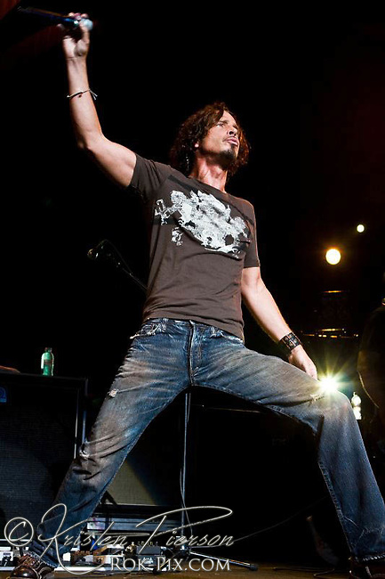 Chris Cornell performs at Projekt Revolution July 16 2008 at Comcast Center, Mansfield, Massachusetts.