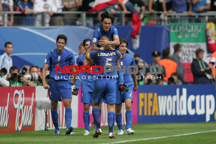 FIFA WM 2006 - Gruppe E ( Group E )<br /> Play #41 (22-Jun) - Czech Republic vs Italy.<br /> Scorer Filippo Inzaghi (M, above) and Fabio Cannavaro (M) from Italy celebrate the goal for 2-0 during the match of the World Cup in Hamburg, which they won by 2-0.<br /> Foto &copy; nordphoto