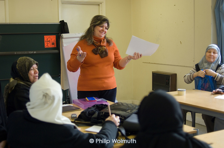Rola Younes teaches a British-Arab Resource Centre English language class at the WECH Community Centre.