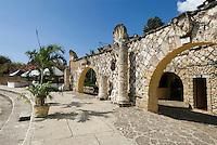 Dominikanische Republik, Künstlerdorf Altos de Chavon bei La Romana, erbaut 1974 von Charles Bluhdorn