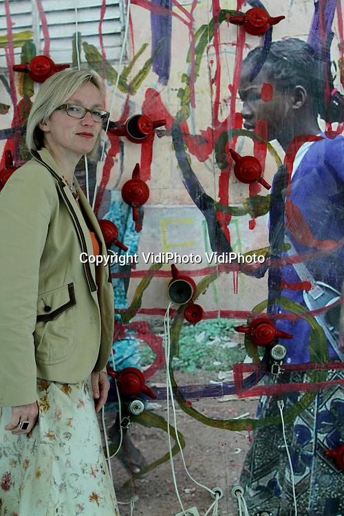 Opdrachtnr. 710..Foto: VidiPhoto..NIJMEGEN - Conservator Lydia Beerkens in het Valkhofmuseum in Nijmegen.