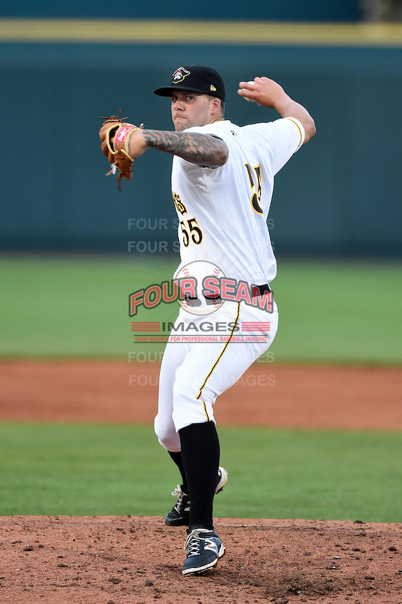 Bradenton Marauders pitcher Ryan Hafner (55) delivers a pitch during a game against the Palm Beach Cardinals on April 8, 2014 at McKechnie Field in Bradenton, Florida.  Bradenton defeated Palm Beach 4-3.  (Mike Janes/Four Seam Images)