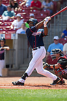 Cedar Rapids Kernels outfielder Adam Walker #38 bats during a game against the Lansing Lugnuts at Veterans Memorial Stadium on April 30, 2013 in Cedar Rapids, Iowa. (Brace Hemmelgarn/Four Seam Images)