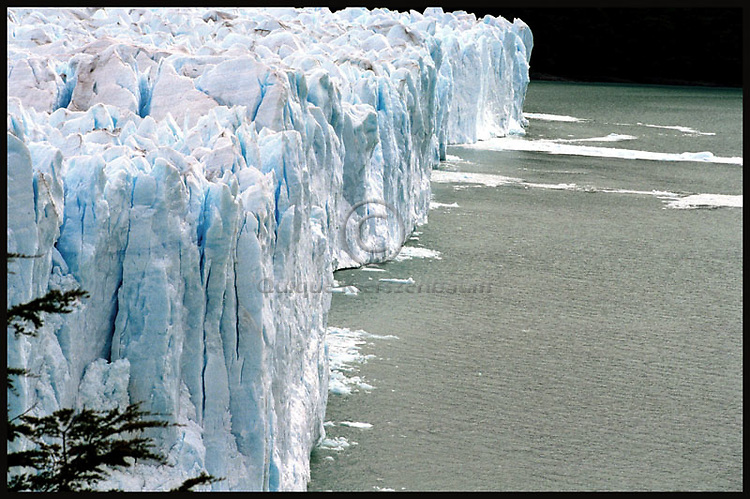 Perito Moreno glacier. Photo by Quique Kierszenbaum