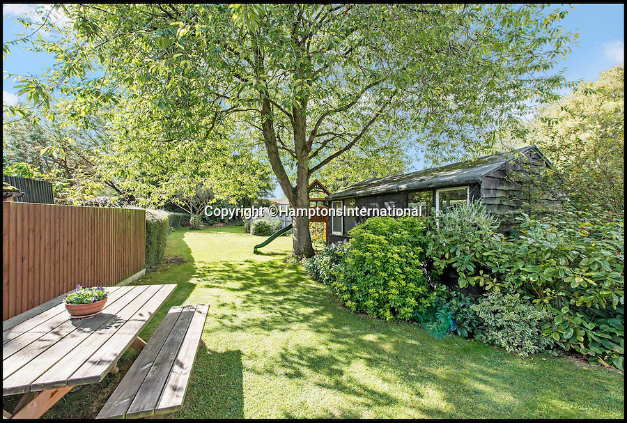 BNPS.co.uk (01202 558833)<br /> Pic: HamptonsInternational/BNPS<br /> <br /> Hunting for a new home can be murder, but TV fans can't go wrong with this Midsomer dream.<br /> <br /> The picturesque 17th century thatched cottage, which appeared in an episode of the popular crime series Midsomer Murders, has gone on the market with Hamptons International for £599,950.<br /> <br /> The Thatch is reputed to be the oldest house in the village of Aston Rowant, Oxfordshire, which doubled as part of the idyllic but deadly county of Midsomer for the 2005 episode The House in the Woods.