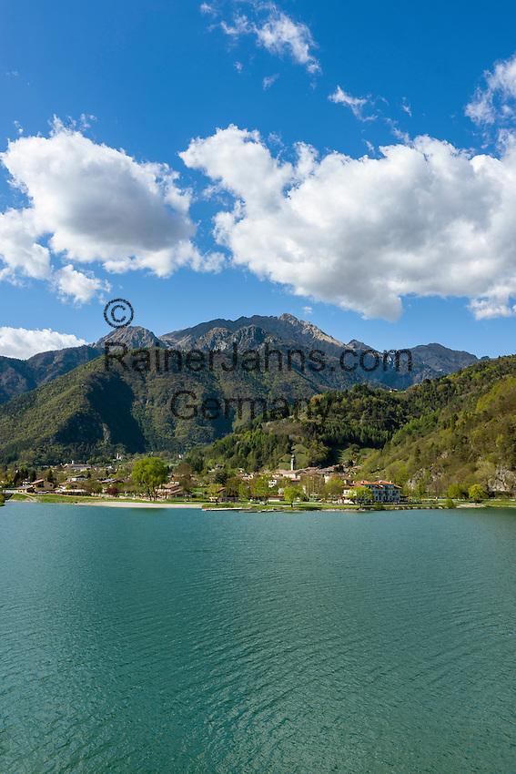 Italy, Trentino, Pieve di Ledro: at lake Lago di Ledro | Italien, Trentino, Pieve di Ledro:  am Ledrosee (Lago di Ledro)