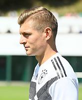 Toni Kroos (Deutschland Germany) - 05.06.2018: Training der Deutschen Nationalmannschaft zur WM-Vorbereitung in der Sportzone Rungg in Eppan/Südtirol