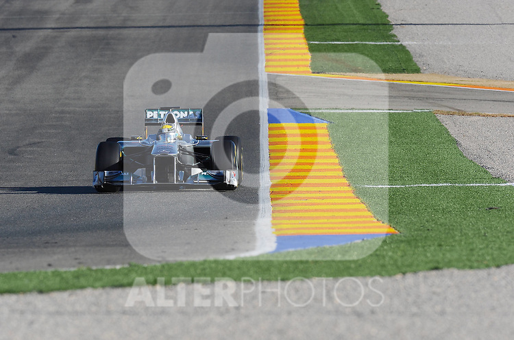 02.02.2011, Street Circuit, Jerez, ESP, Formel 1 Test 1 Valencia 2011,  im Bild Nico Rosberg (GER), Mercedes GP Foto © nph / Dieter Mathis