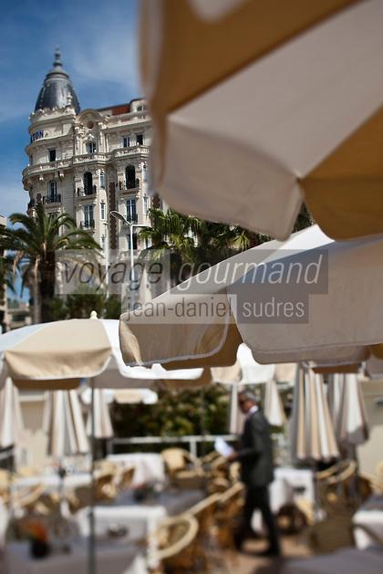 Europe/France/Provence-Alpes-Côte d'Azur/06/Alpes-Maritimes/Cannes: Carlton Beach, restaurant de la Plage du Carlton