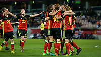 20170411 - LEUVEN ,  BELGIUM : Belgian players pictured celebrating their 2-0 lead during the friendly female soccer game between the Belgian Red Flames and Scotland , a friendly game in the preparation for the European Championship in The Netherlands 2017  , Tuesday 11 th April 2017 at Stadion Den Dreef  in Leuven , Belgium. PHOTO SPORTPIX.BE | DAVID CATRY