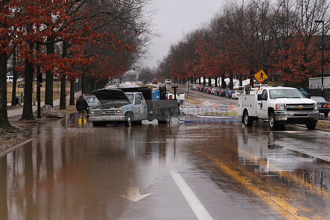 University drive is closed due to flooding in Lexington , Ky., on Wednesday, March 4, 2015. Photo by Jonathan Krueger | Staff