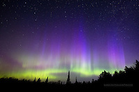 aurora borealis, northern lights, upper michigan, blue nitrogen fringing